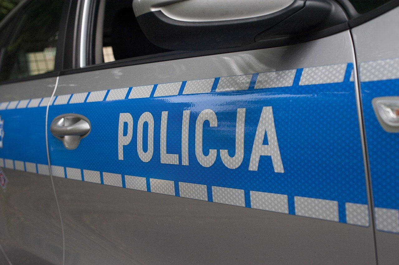 policja kórnik oszustwo kradzież auta